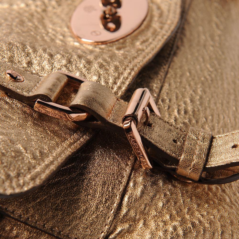 กระเป๋ามัลเบอร์รี่ Mulberry Oversized Alexa Grainy Metallic Leather Used Like New มือสองของแท้ - พร้อมส่ง ราคา29900บาท