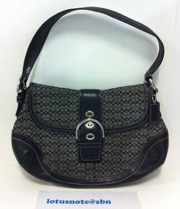 COACH Signature Jacquard Soho Hobo Flap Handbag Purse Black Leather ของแท้มือสองจากอเมริกา พร้อมส่ง ราคา2700บาท