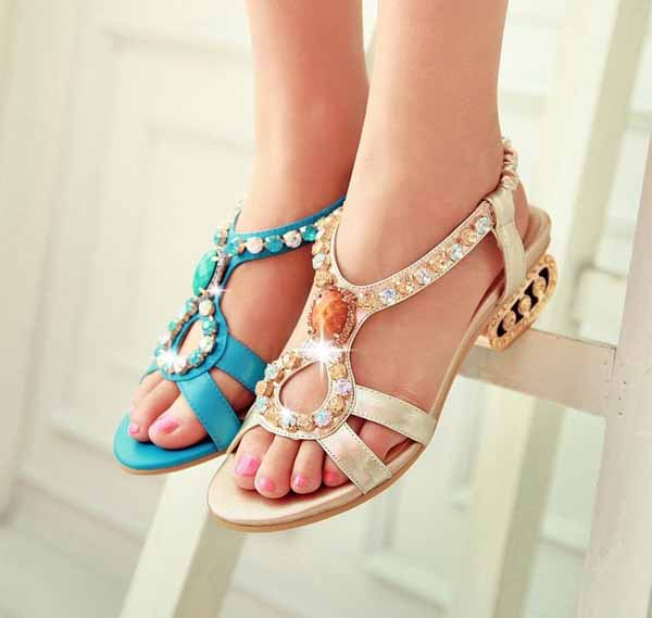 รองเท้าออกงาน สวยคู่ชุดราตรีแต่งงานส้นเตี้ยเพชรหรูแฟชั่นเกาหลี นำเข้า ไซส์34ถึง39 สีทอง - พรีออเดอร์HS186-8 ราคา2300บาท