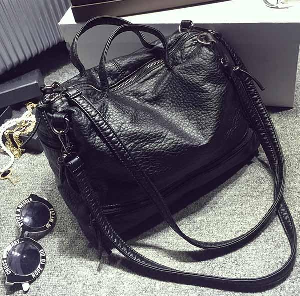 กระเป๋าสะพาย แฟชั่นเกาหลีผสมหนังแท้นุ่มสวยถือได้สะพายข้างเก๋ นำเข้า สีดำ - พร้อมส่งIS1018 ราคา990บาท