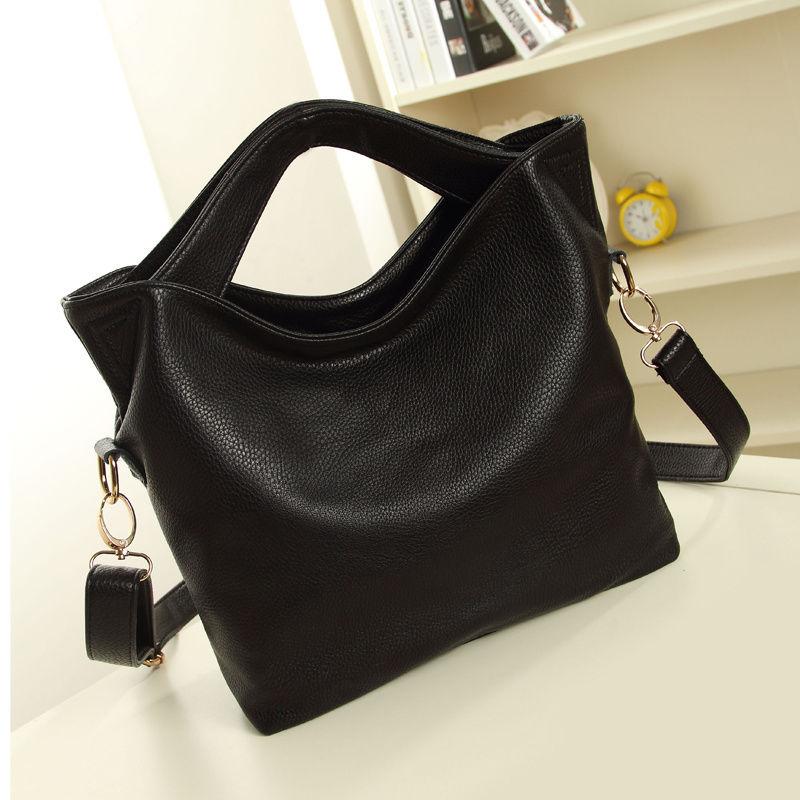กระเป๋าสะพาย แฟชั่นเกาหลี เทรนด์ใหม่เก๋ถือได้สะพายสวย นำเข้า สีดำ - พร้อมส่งIS472 ราคา870บาท