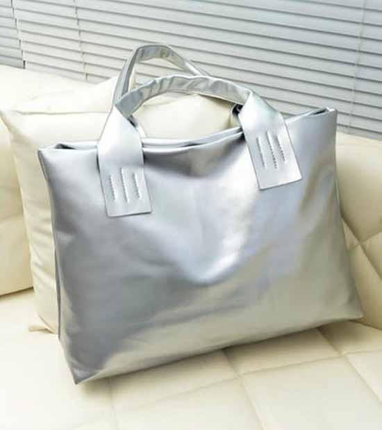 กระเป๋าแฟชั่น สวยแนววินเทจใบใหญ่แบบเกาหลี นำเข้า สีเทาเงิน - พร้อมส่ง