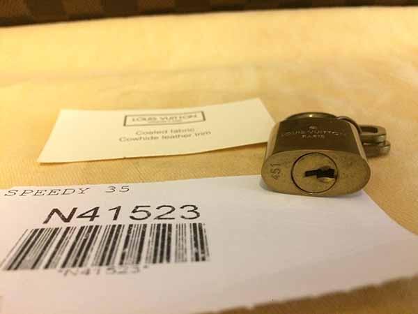 กระเป๋าหลุยส์วิตตอง LOUIS VUITTON DAMIER EBENE CANVAS SPEEDY 35 Used Like New มือสองของแท้ - พร้อมส่ง ราคา26500บาท