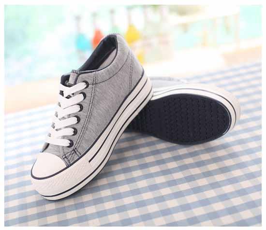 รองเท้าผ้าใบ มีส้นอินเทรนด์แฟชั่นเกาหลี นำเข้า ไซส์35ถึง39 พรีออเดอร์MA3031 ราคา1250บาท