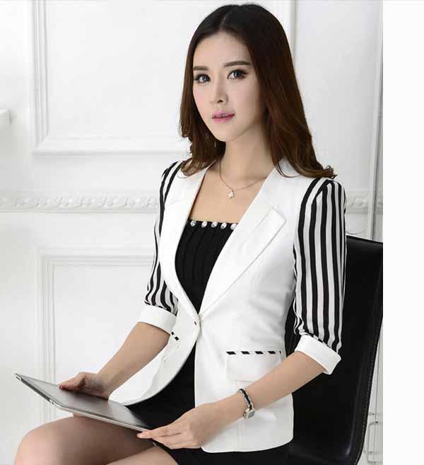 เสื้อสูทผู้หญิง แฟชั่นเกาหลีแขนลายทาง3ส่วนหรูมาก นำเข้าไซส์Sถึง3XLพรีออเดอร์MS4037 ราคา1730บาท