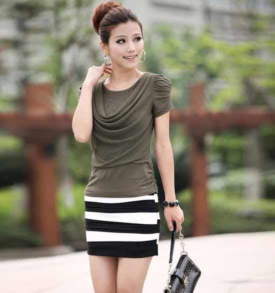 เสื้อยืด แฟชั่นเกาหลีจีบหัวไหล่สวย Korean Blouses นำเข้า สีเขียว - พร้อมส่งTX1085