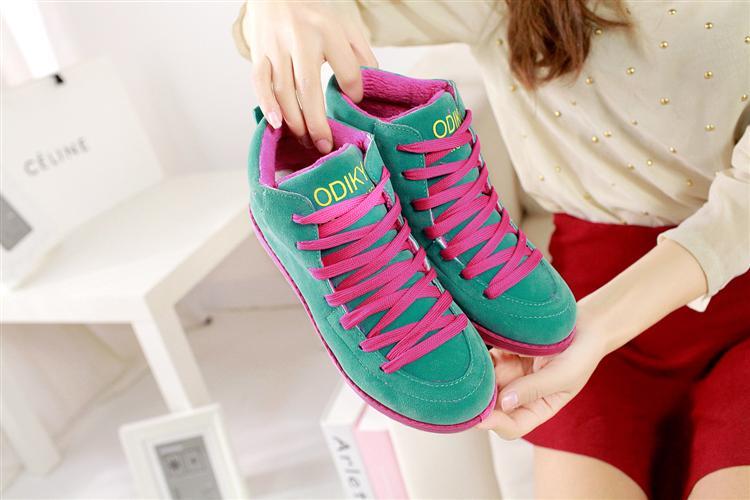รองเท้าผ้าใบ แฟชั่นเกาหลี Sneakers นำเข้า ไซส์35ถึง39 พรีออเดอร์