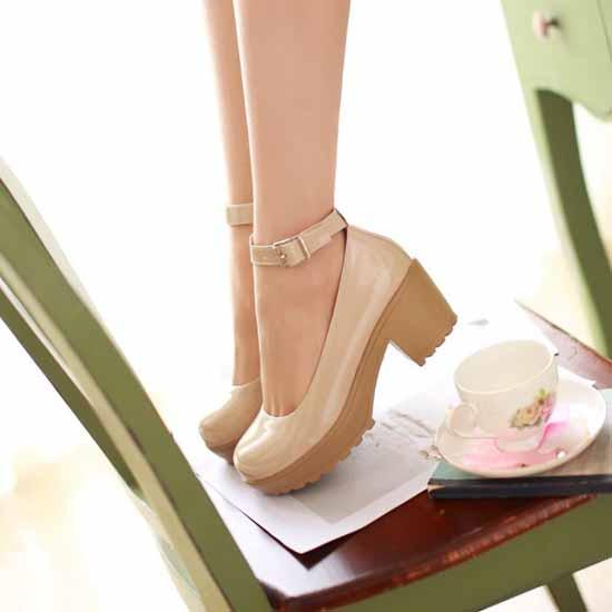 รองเท้าส้นสูง แฟชั่นเกาหลีสวยมั่นใจตามรูป นำเข้า