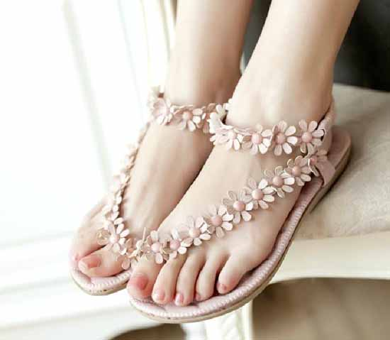 รองเท้าส้นเตี้ย แฟชั่นเกาหลีรองเท้าแตะดอกไม้สวย นำเข้า ไซส์35ถึง39