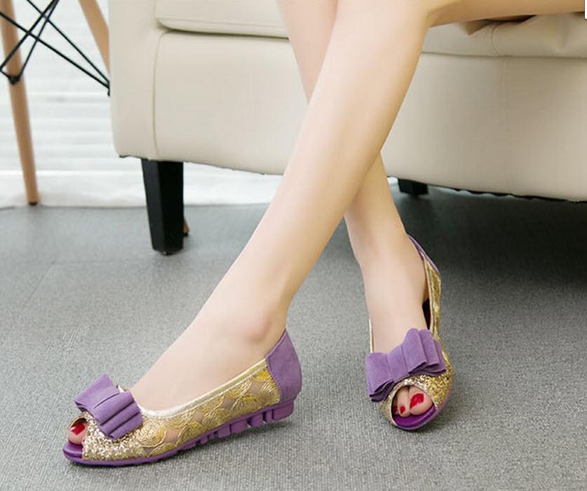 รองเท้าส้นเตี้ย แต่งกลิ้ตเตอร์แฟชั่นเกาหลีสุดหรูหนังนุ่มใส่สบาย นำเข้าไซส์39 สีม่วง - พร้อมส่งRB2222 ราคา1250บาท