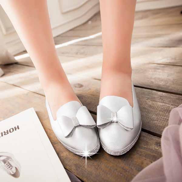 รองเท้าเพื่อสุขภาพ แฟชั่นเกาหลีส้นเตี้ยแต้งโบว์และกลิ้ตเตอร์หรู นำเข้า ไซส์33ถึง43 สีเทา - พรีออเดอร์RB2268 ราคา1550บาท