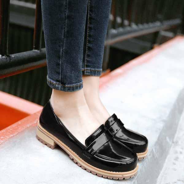 รองเท้าสวมส้นเตี้ย แฟชั่นเกาหลีหนังแก้วน่ารักแคชชวล นำเข้า ไซส์34ถึง43 สีดำ - พรีออเดอร์RB2274 ราคา1600บาท