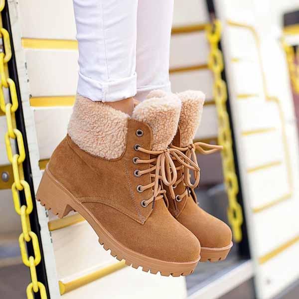 รองเท้าบูทหุ้มข้อ กันหนาวแฟชั่นเกาหลีส้นเตี้ยบุขนรุ่นใหม่ นำเข้า ไซส์34ถึง43 สีกากี - พรีออเดอร์RB22675 ราคา1750บาท