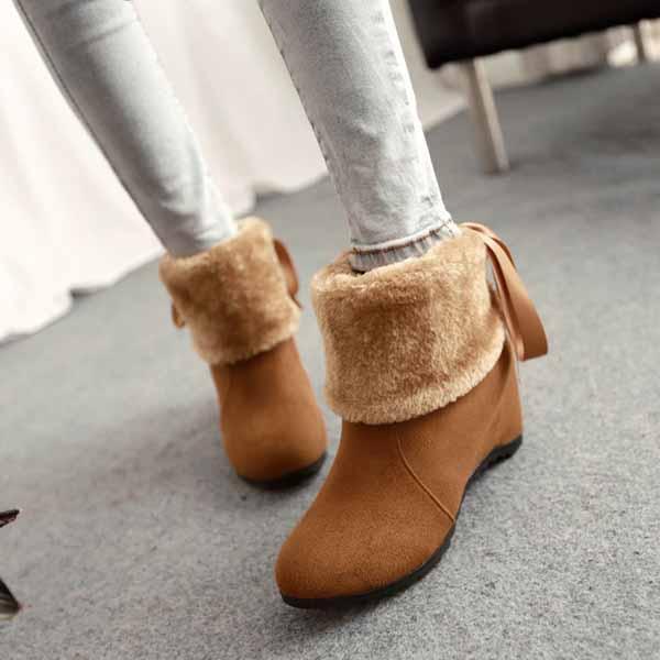 รองเท้าบูทกันหนาว แฟชั่นเกาหลีบุขนนุ่มสวยใส่ได้2แบบ นำเข้า ไซส์34ถึง43 สีน้ำตาล - พรีออเดอร์RB2276 ราคา1750บาท
