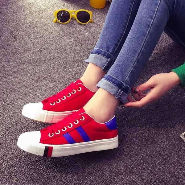 รองเท้าผ้าใบส้นหนา แฟชั่นเกาหลีผู้หญิงวินเทจสุดเท่ใหม่ล่าสุด นำเข้า ไซส์35ถึง39 สีแดง - พรีออเดอร์RB2279 ราคา1350บาท