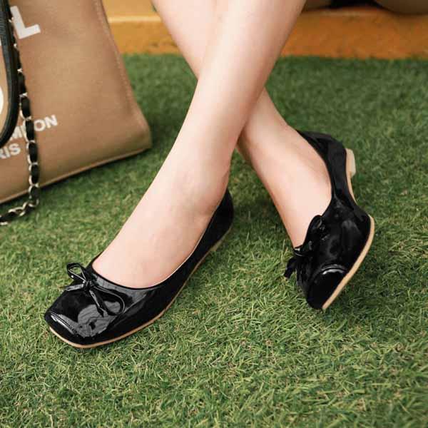 รองเท้าส้นเตี้ยแบน แฟชั่นเกาหลีน่หนังแก้วใส่อกงานหรูสบายๆ นำเข้าไซส์33ถึง43 สีดำ - พรีออเดอร์RB2284 ราคา1400บาท