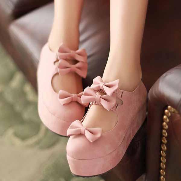 รองเท้าส้นเตารีด แฟชั่นเกาหลีแต่งโบว์น่ารักคิกขุรุ่นใหม่ นำเข้าไซส์34ถึง39 สีชมพู - พรีออเดอร์RB2292 ราคา1300บาท