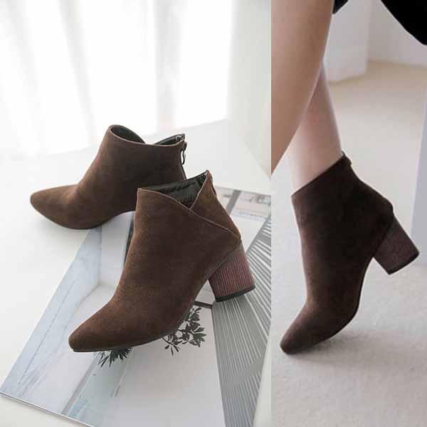 รองเท้าบูทสั้น แฟชั่นเกาหลีส้นสูงซิปหลังสวมง่ายใหม่ นำเข้า ไซส์33ถึง43 สีดำ - พรีออเดอร์RB2357 ราคา2200บาท
