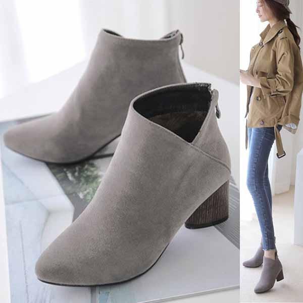 รองเท้าบูทสั้น แฟชั่นเกาหลีส้นสูงซิปหลังสวมง่ายใหม่ นำเข้า ไซส์33ถึง43 - พรีออเดอร์RB2357 ราคา2200บาท