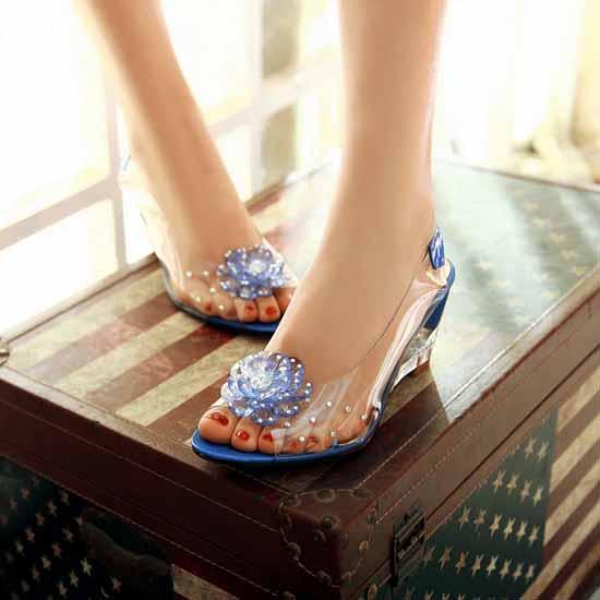 รองเท้าแก้ว ส้นสูงแฟชั่นเกาหลีสวยหรูหราแต่งดอกไม้แก้ว นำเข้า สีน้ำเงิน