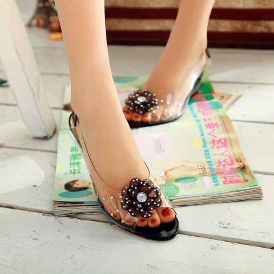 รองเท้าแก้ว ส้นสูงแฟชั่นเกาหลีสวยหรูหราแต่งดอกไม้แก้ว นำเข้า สีดำ