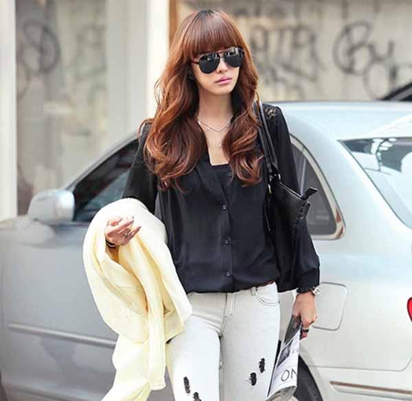 เสื้อเชิ้ต แฟชั่นเกาหลีตัวยาวลูกไม้ชีฟองสุดเซ็กซี่ นำเข้า ฟรีไซส์ สีดำ - พร้อมส่งTJ7255 ราคา995บาท
