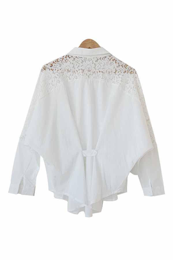 เสื้อเชิ้ต แฟชั่นเกาหลีตัวยาวหลวมแต่งลูกไม้ชีฟองสุดเซ็กซี่ นำเข้า ฟรีไซส์ สีขาว - พร้อมส่งTJ7438 ราคา995บาท