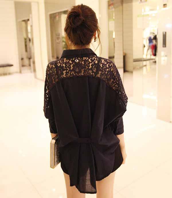 เสื้อเชิ้ต แฟชั่นเกาหลีตัวยาวหลวมแต่งลูกไม้ชีฟองสุดเซ็กซี่ นำเข้า ฟรีไซส์ สีดำ - พร้อมส่งTJ7438 ราคา995บาท
