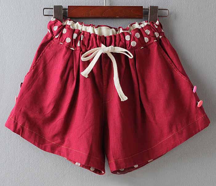 กางเกงขาสั้นผู้หญิง แฟชั่นเกาหลีผ้าฝ้ายลายจุดเอวยางยืดทรงสวยน่ารัก ฟรีไซส์ นำเข้า สีแดงเข้ม - พร้อมส่งTJ7595 ราคา550บาท