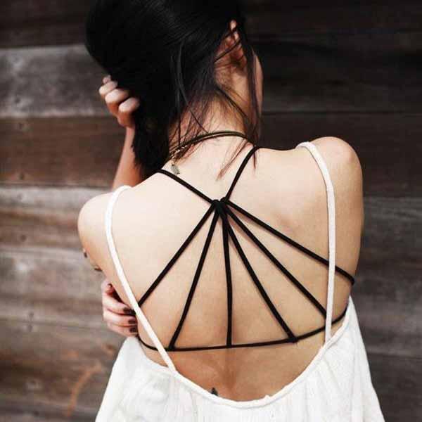 เสื้อชั้นใน แฟชั่นเกาหลีสำหรับใส่โชว์แผ่นหลังหรือสวมใส่สบายๆ นำเข้า ฟรีไซส์ สีดำ - พร้อมส่งTJ7620 ราคา199บาท