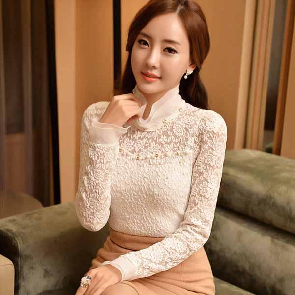 เสื้อลูกไม้แขนยาว แฟชั่นเกาหลีคอตั้งผ้าแก้วลูกไม้ทั้งตัวสวย นำเข้า ไซส์Lและ2XL สีขาว - พร้อมส่งTJ7675 ราคา1350บาท