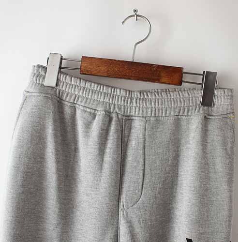 กางเกงวอร์มขายาว ผู้ชายผ้าสำลีเอวยางยืดแฟชั่นเกาหลีรุ่นใหม่ นำเข้า ไซส์XL สีเทา - พร้อมส่งTJ7689 ราคา850บาท