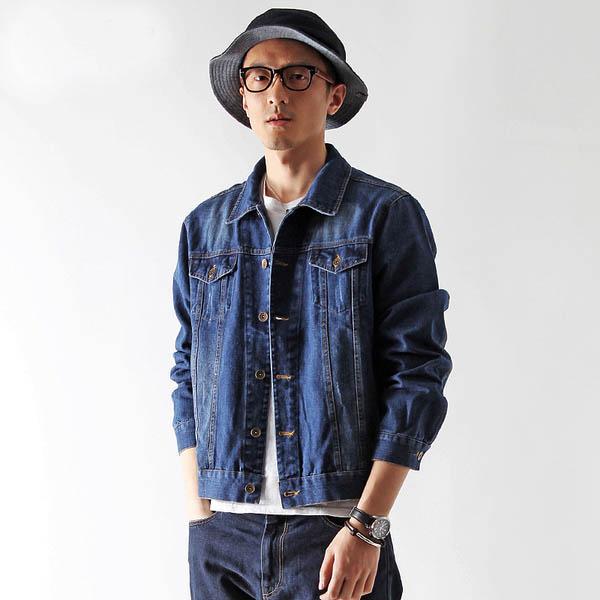 เสื้อแจ็คเก็ตยีนส์ ผู้ชายแฟชั่นเกาหลีแขนยาวเอวตรงทรงหลวมเทรนด์ใหม่ ฟรีไซส์ สียีนส์เข้ม - พร้อมส่งTJ7724M ราคา1190บาท