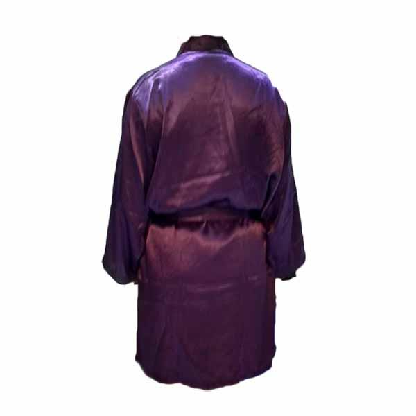 เสื้อคลุมชุดนอน ผ้าซาตินหนานุ่มอย่างดีแฟชั่นแต่งลูกไม้ลายฉลุ นำเข้า สีม่วงเข้ม - พร้อมส่งTJ7771 ราคา700บาท