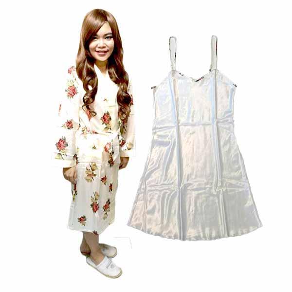 ชุดนอน2ชิ้น ผ้าซาตินหนานุ่มลายดอกไม้แฟชั่นเนื้อผ้าพิเศษใส่สบายแบบหรูหรา นำเข้า สีขาว - พร้อมส่งTJ7778 ราคา900บาท