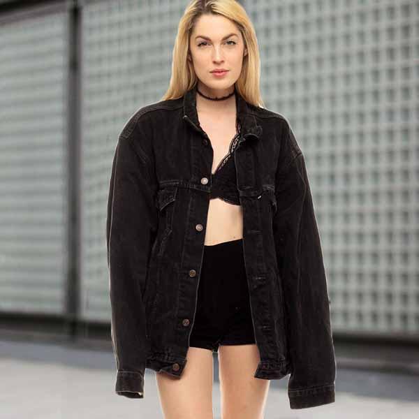 เสื้อแจ็คเก็ตยีนส์ ผู้หญิงแฟชั่นเกาหลีแขนยาวเอวตรงทรงหลวมเทรนด์ใหม่ ฟรีไซส์ สีดำ - พร้อมส่งTJ7828 ราคา990บาท