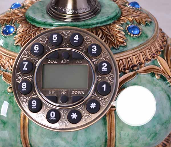 โทรศัพท์บ้านโบราณสไตล์วินเทจ สีเขียวมรกตตกแต่งบ้าน คอนโด ที่ทำงาน ร้านสไตล์หลุยส์ - พรีออเดอร์AA02 ราคา 4400 บาท