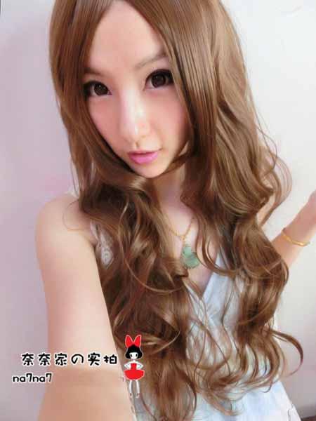 วิกผมยาว แบบสาวเกาหลีฟรุ้งฟริ้งดัดลอนสวยเซ็กซี่ นำเข้า สีน้ำตาลทอง - พร้อมส่งW020 ราคา670บาท