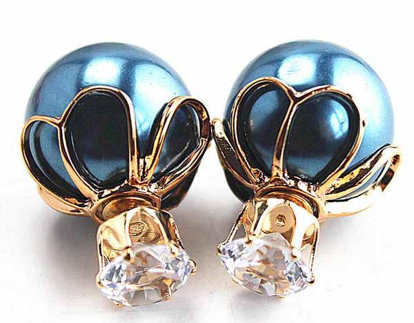ต่างหูคริสตัล ใหม่แฟชั่นเกาหลีทรงมุกใส่ได้2ด้านสวยCelebrity Pearl Earrings นำเข้า สีน้ำเงิน - พร้อมส่งW199 ราคา300บาท