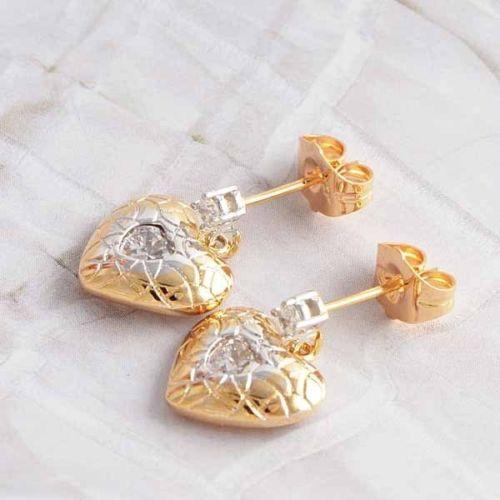 ต่างหูคริสตัล แฟชั่นเกาหลีดีไซน์หรูสไตล์แบรนด์รูปหัวใจ 9K Heart Earrings นำเข้า สีทอง - พร้อมส่งW233 ราคา250บาท