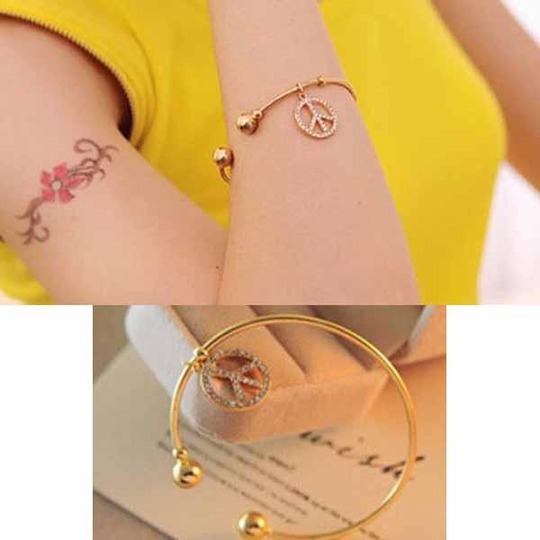 กำไลข้อมือ แฟชั่นเกาหลีทรงกลมคริสตัลแทนความรักน่ารักสวยแบบใหม่ นำเข้า สีทอง - พร้อมส่งW238 ราคา250บาท