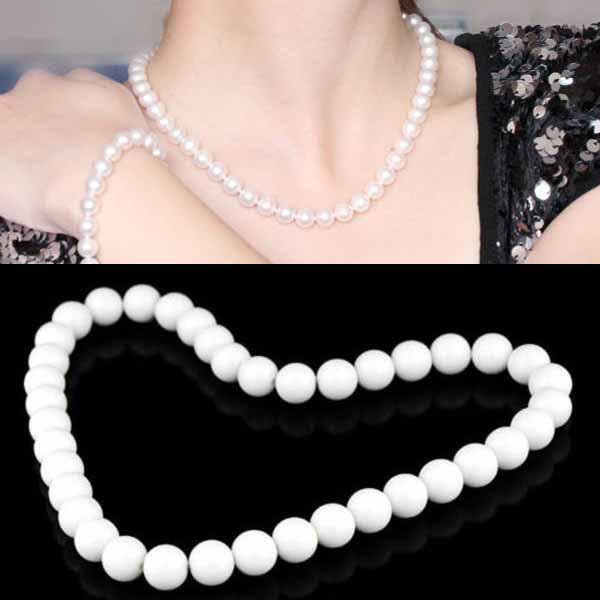 สร้อยคอมุก แฟชั่นเกาหลีสีขาวแบบสั้นใหม่สวยหรูหรา นำเข้า สีขาว WHITE PEARL NECKLACE - พร้อมส่งW263 ราคา250บาท