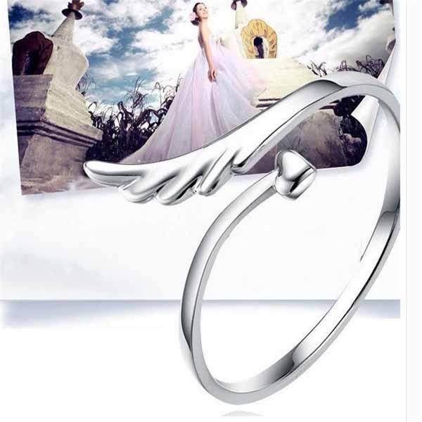 แหวนแฟชั่นเกาหลี รูปหัวใจปลายเปิดแบบปีกนางฟ้า Silver Heart Angle Ring นำเข้า สีเงิน - พร้อมส่งW350 ราคา150บาท