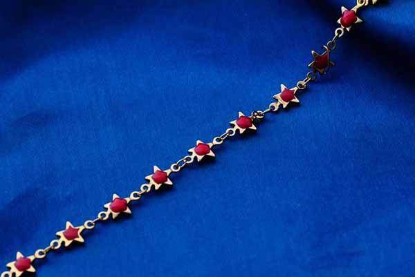 กำไลข้อมือ แฟชั่นเกาหลีสร้อยคริสตัลรูปดาวทองสวยน่ารักใหม่ 18K Gold Bracelet นำเข้า สีแดง - พร้อมส่งW372 ราคา550บาท