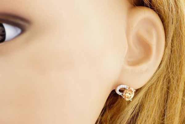 ต่างหูเพชร แฟชั่นเกาหลีประดับเพชรสวิสรูปหัวใจ CZ White Gold Earrings นำเข้า สีแชมเปญ - พร้อมส่งW512 ราคา450บาท