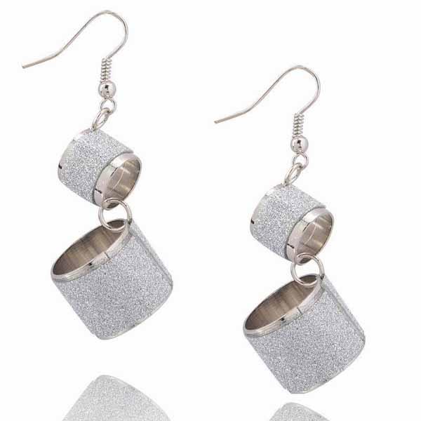 ต่างหูระย้า แฟชั่นเกาหลีเนื้อทรายหรูมาก Gothic Chandelier Earrings นำเข้า สีเงิน - พร้อมส่งW546 ราคา290บาท