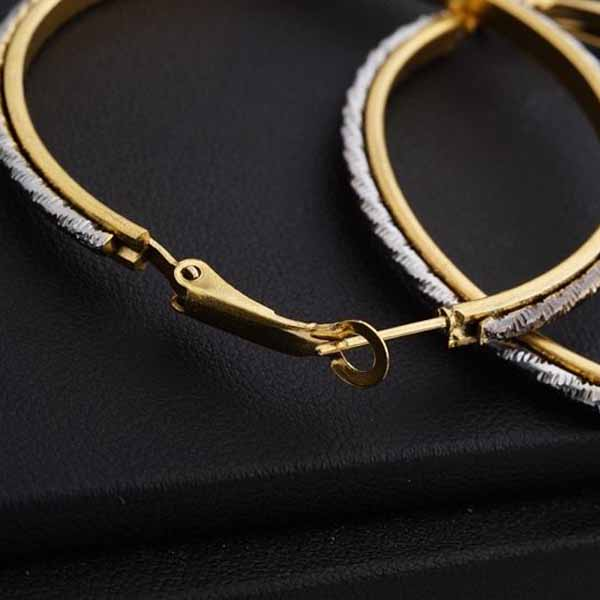 ต่างหูห่วงวงใหญ่ แฟชั่นเกาหลีทรงวงกลมสลับสีเงิน 18K Hoop Earrings นำเข้า สีทอง - พร้อมส่งW605 ราคา250บาท