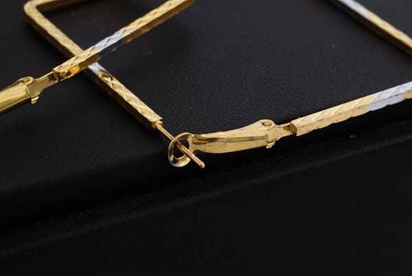 ต่างหูรูปสี่เหลี่ยม แฟชั่นเกาหลี2กษัตริย์หรูวงใหญ่ Square 18K Hoop Earrings นำเข้า สีทอง - พร้อมส่งW653 ราคา250บาท
