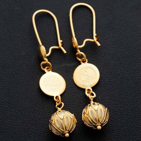 ต่างหูระย้า แฟชั่นเกาหลีประดับคริสตัลกลมสีขาวตุ้งติ้งสวยหรู 24K Drop Earrings นำเข้า สีทอง - พร้อมส่งW656 ราคา250บาท