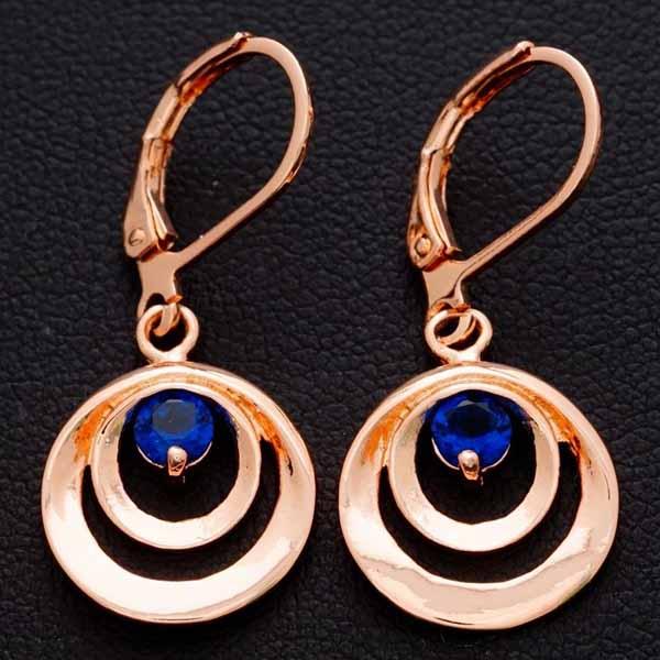 ต่างหูเพชร แฟชั่นเกาหลีแบบห่วงประดับคริสตัลคลื่นวงกลม CZ Gold Earrings นำเข้า สีน้ำเงิน - พร้อมส่งW661 ราคา300บาท